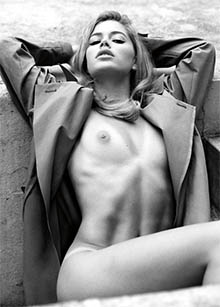 doutzen kroes nude disrobes for v magazine